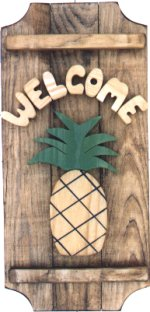 Pineapple on a 3 board sign.